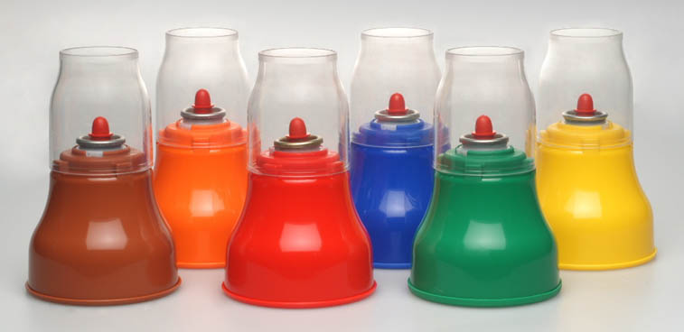 Small or large plastic water containers, bottled water or tap water, recycling or filtration, are all questions that are still being debated